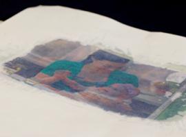 Як зазирнути крізь папір: властивості жирної плями