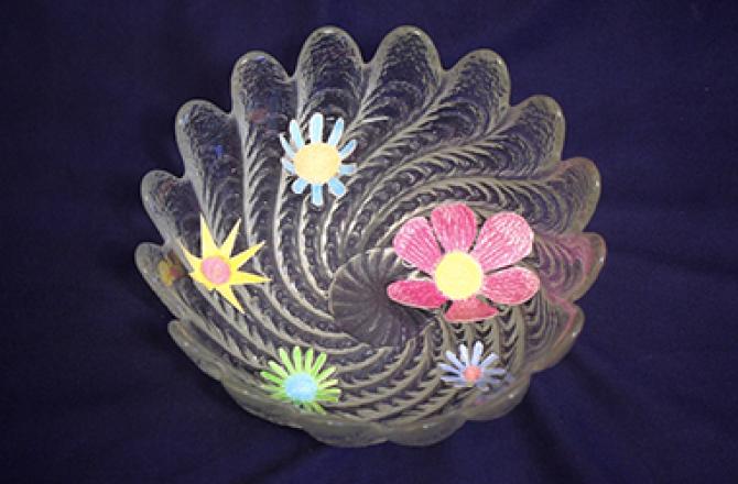 Що «оживляє» штучні квіти? Чому пелюстки рухаються?