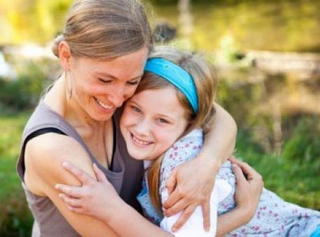Фрази, які не варто казати своїм донькам