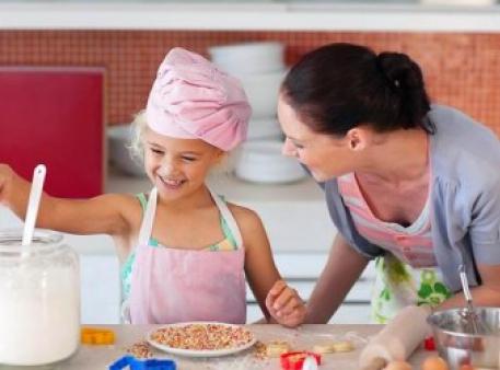 Як готувати їжу разом з малюком