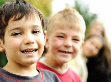 Як захистити дитину від знущань однолітків