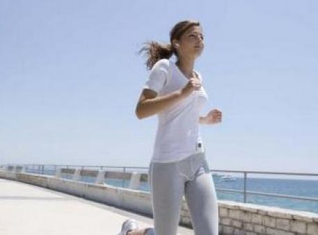 Як захистити дівчат-підлітків від остеопорозу