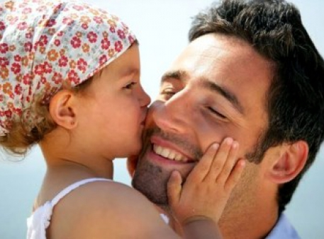 Поради батьку, який виховує доньку