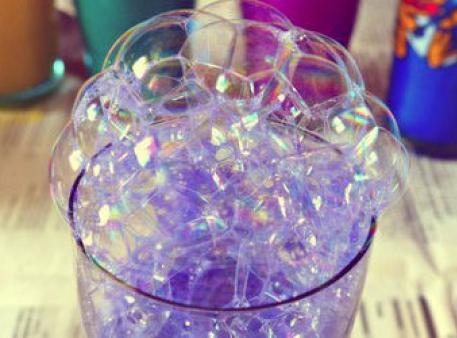 Гра «Малювання мильними бульбашками»