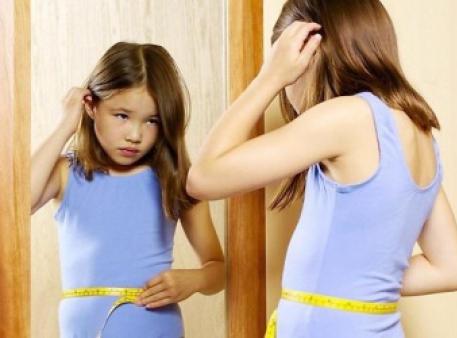 Як сприймає себе дитина, дивлячись у дзеркало?