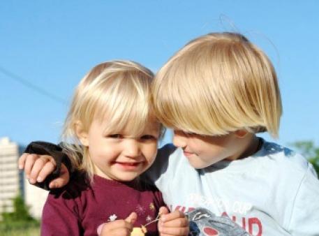 Як допомогти братам і сестрам стати друзями