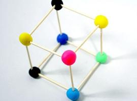 Конструктор із пластилінових кульок та зубочисток