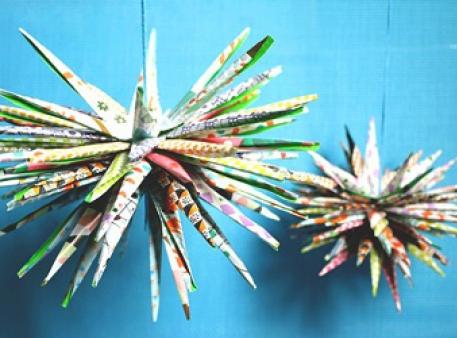 Тривимірні зірки в японській техніці кірігамі