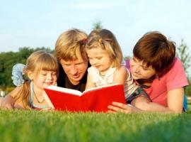 П'ять дієвих способів захопити дітей читанням