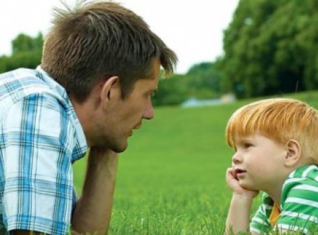 Як розмовляти з дітьми на незручні теми
