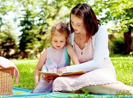 Чому батькам треба читати малюкам