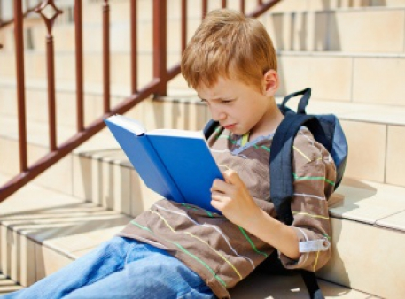Як хлопчиків зацікавити читанням