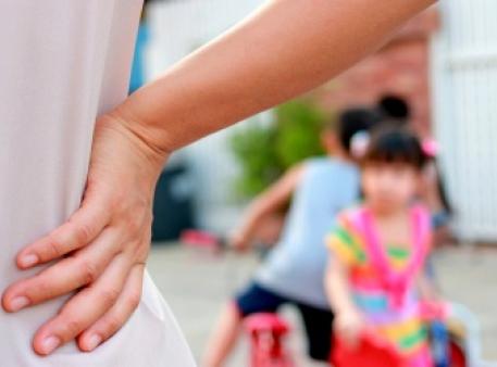 Користь чи шкода: чи можна шльопати дітей?