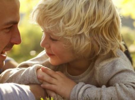 Як навчити дитину слухати батьків