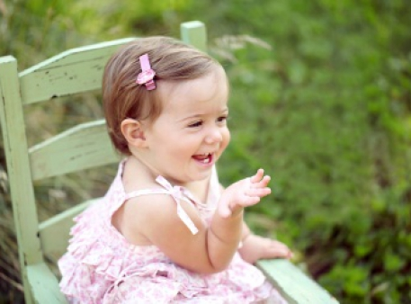 Як допомогти дитині почати розмовляти?