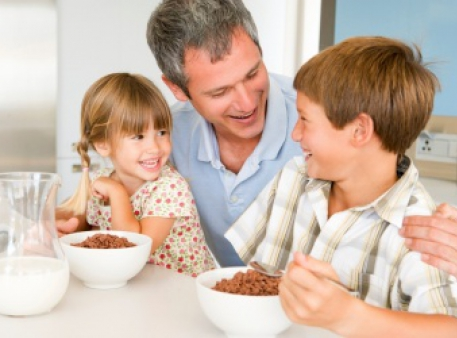 Сім аспектів впливу батька на дитину