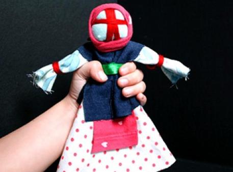 Лялька-мотанка — оберіг для родини своїми руками