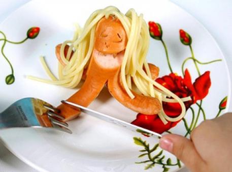 Креативно готуємо просту їжу: сосиски-восьминоги