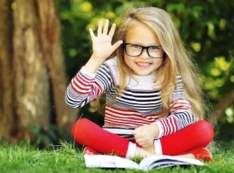 Як дитині вибрати книгу: правило п'яти пальців