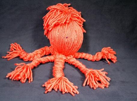 Восьминіг із пряжі — іграшка своїми руками