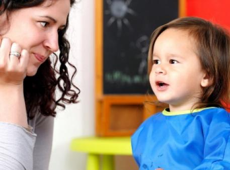 Допомога дитині з заїканням: поради батькам