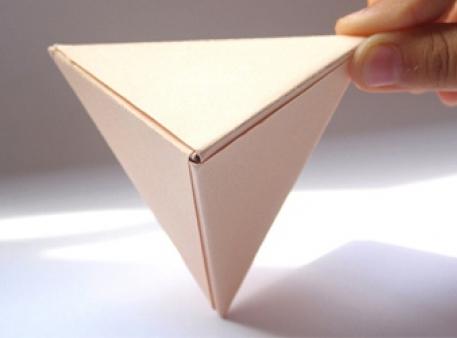 Пірамідка з модулів орігамі: проста об'ємна фігура