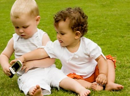 Як упоратися з дитячою заздрістю