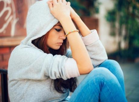 Ознаки серйозної депресії в підлітка