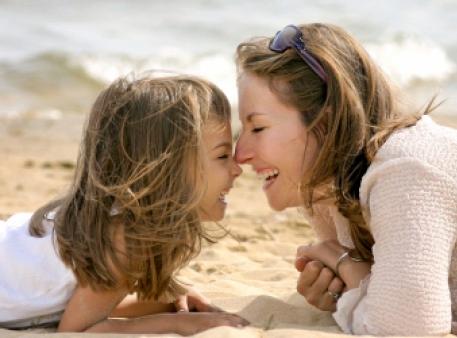 Перші роки: корисні поради молодим мамам