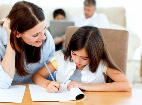 Робимо уроки з дитиною: поради батькам