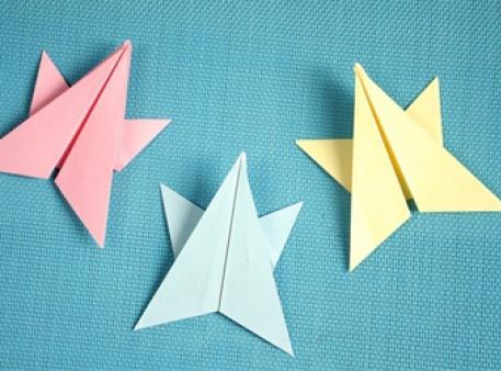 Проста зірка-орігамі для дитячої творчості