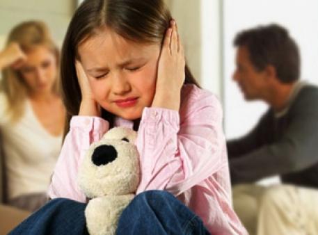 Як допомогти дитині пережити розлучення батьків