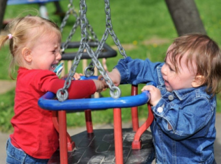 Сім способів припинити бійки між дітьми
