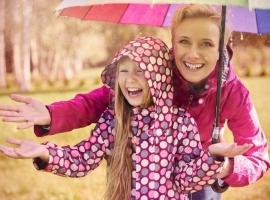 Чим зайнятися з дитиною дощового дня