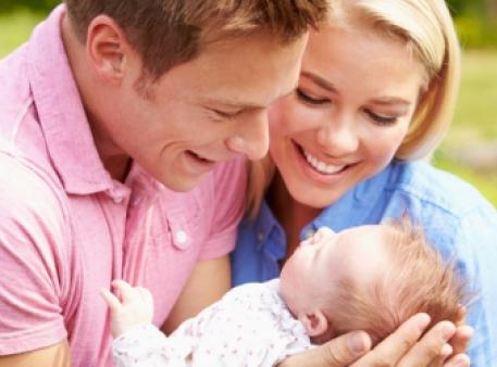 Перші слова дитини: «мама» чи «тато»?
