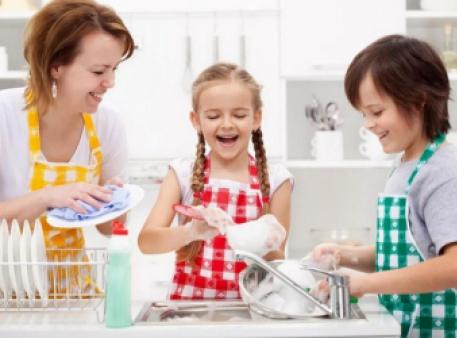 Як привчити дітей виконувати обов'язки вдома