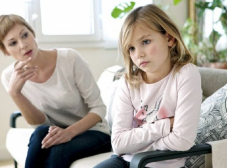 Дев'ять фраз, які не можна говорити дітям
