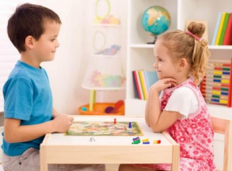 Діти живуть в одній кімнаті: «за» і «проти»