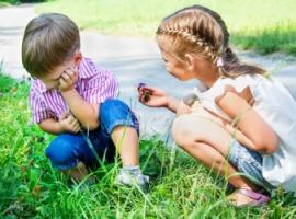 Чи потрібно змушувати дитину вибачатися?