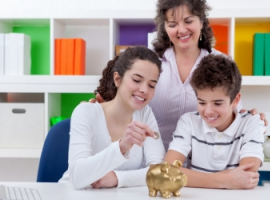 Сім помилок батьків у поводженні з грошима