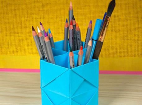 Модульне орігамі: підставка для олівців