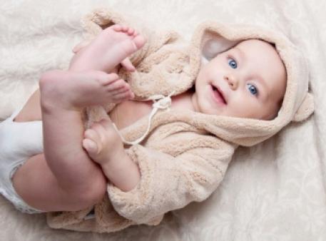 Як розуміти мову тіла малюка: поради батькам