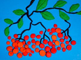 Горобина — дитяча аплікація із пластиліну