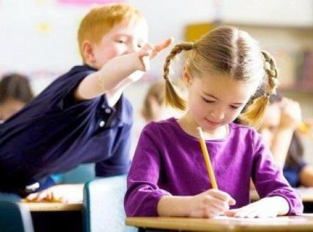 Як навчити дітей контролювати свої спонукання