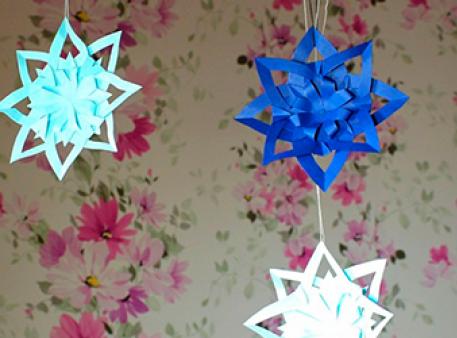 Створимо підвісний декор у вигляді сніжинок