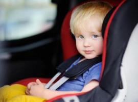 Як спланувати поїздку на авто з маленькою дитиною