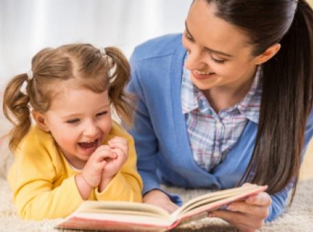Чому важливо розповідати дитині історії