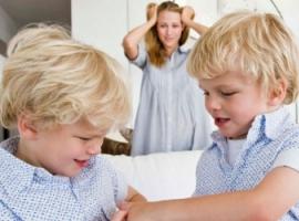 Як упоратися із суперництвом між дітьми
