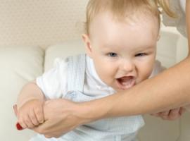 Як батькам відучити дитину кусатися