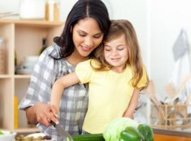 Сніданок з сім'єю формує здорові звички